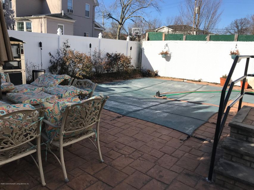 Two Family - Detached 568 Yetman Avenue  Staten Island, NY 10307, MLS-1115993-21