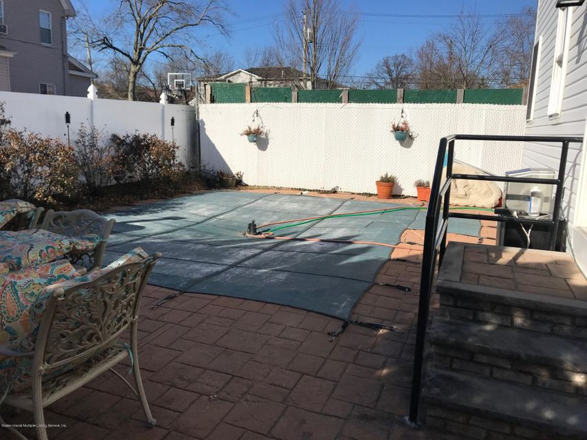 Two Family - Detached 568 Yetman Avenue  Staten Island, NY 10307, MLS-1115993-22