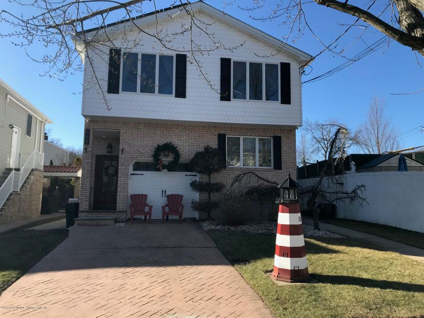 Two Family - Detached in Tottenville - 568 Yetman Avenue  Staten Island, NY 10307