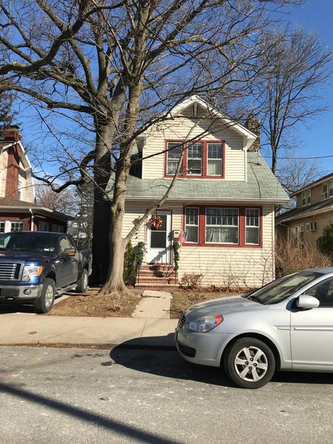 Single Family - Detached 177 Lindenwood Road  Staten Island, NY 10308, MLS-1116214-17