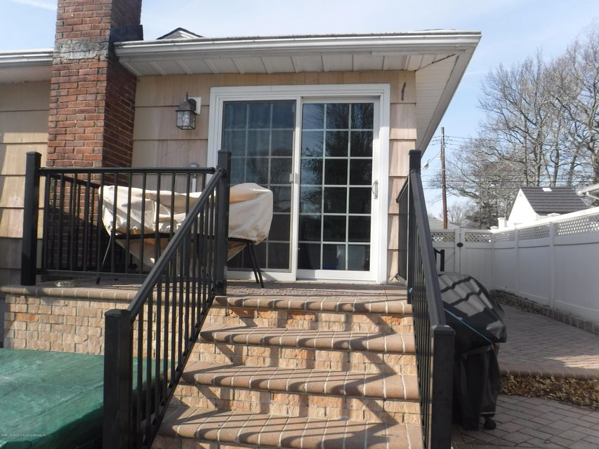 Single Family - Detached 88 Oceanview Place  Staten Island, NY 10308, MLS-1116226-28