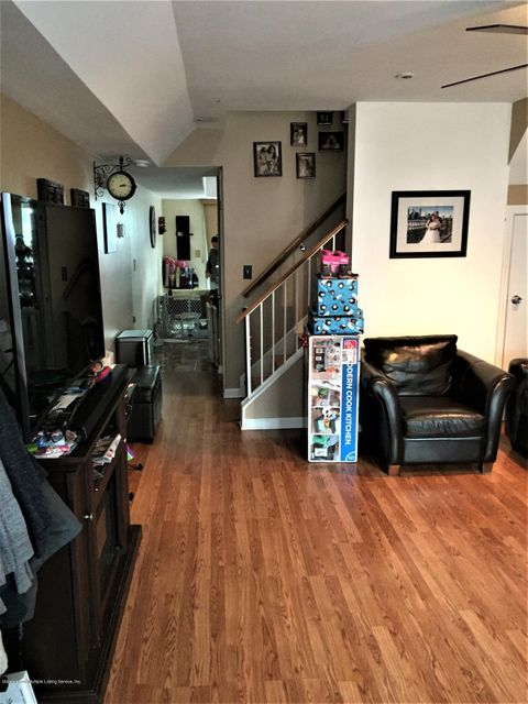 Single Family - Attached 128 Mariners Lane  Staten Island, NY 10303, MLS-1116246-18