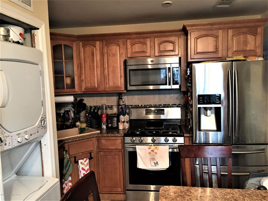 Single Family - Attached 128 Mariners Lane  Staten Island, NY 10303, MLS-1116246-2