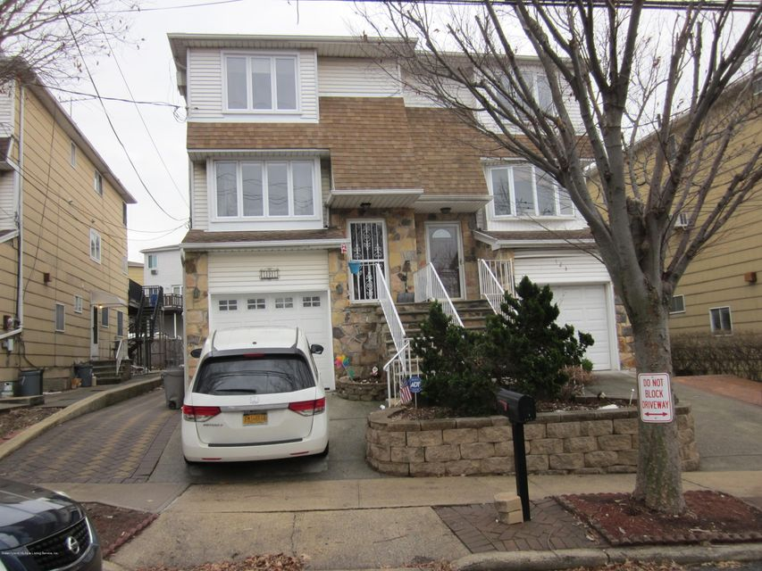 Single Family - Semi-Attached in Heartland Village - 121 Keating Place  Staten Island, NY 10314