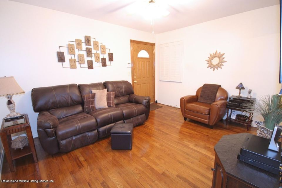 Additional photo for property listing at 49 Mcveigh Avenue  Staten Island, New York 10314 United States