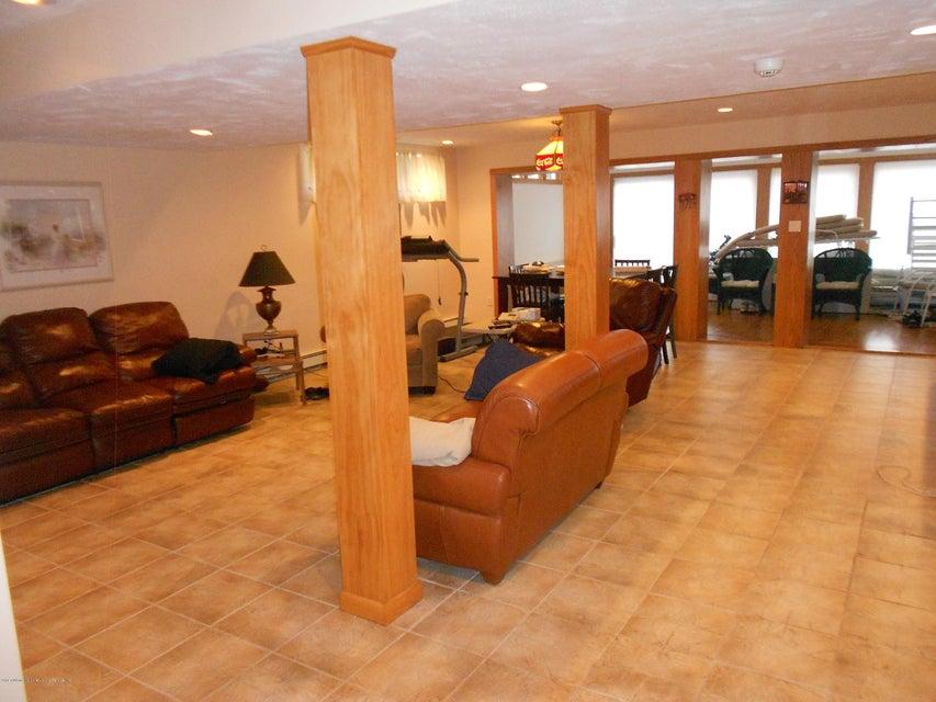 Single Family - Detached 417 Ocean Terrace   Staten Island, NY 10301, MLS-1116278-28