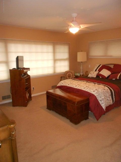 Single Family - Detached 417 Ocean Terrace   Staten Island, NY 10301, MLS-1116278-22