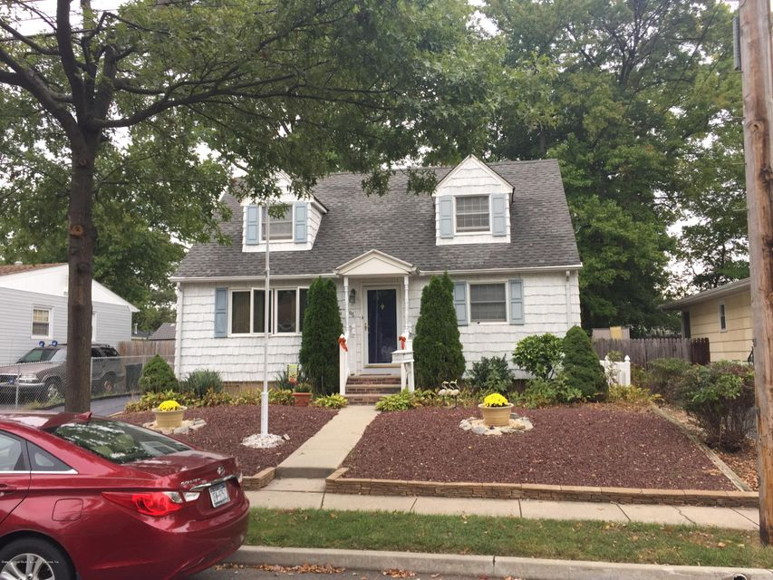 Single Family - Detached 185 Pacific Avenue  Staten Island, NY 10312, MLS-1116314-2