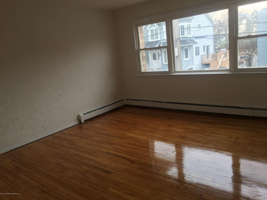 Additional photo for property listing at 33 Fletcher Avenue  Staten Island, New York 10305 United States
