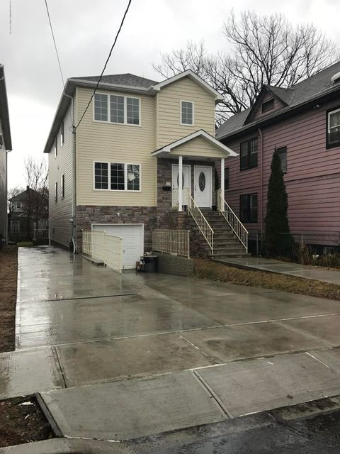 Additional photo for property listing at 35 Elm Street  Staten Island, New York 10310 United States