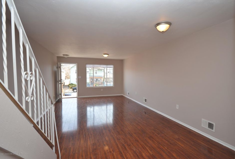 Single Family - Attached 20 Union Avenue  Staten Island, NY 10303, MLS-1116379-3