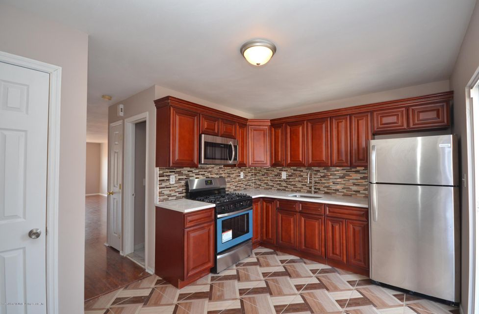 Single Family - Attached 20 Union Avenue  Staten Island, NY 10303, MLS-1116379-4