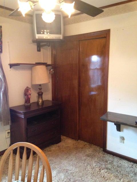 Single Family - Detached 35 Ravenhurst Avenue  Staten Island, NY 10314, MLS-1116420-16