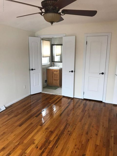 Additional photo for property listing at 14 Taunton Street  Staten Island, New York 10306 United States