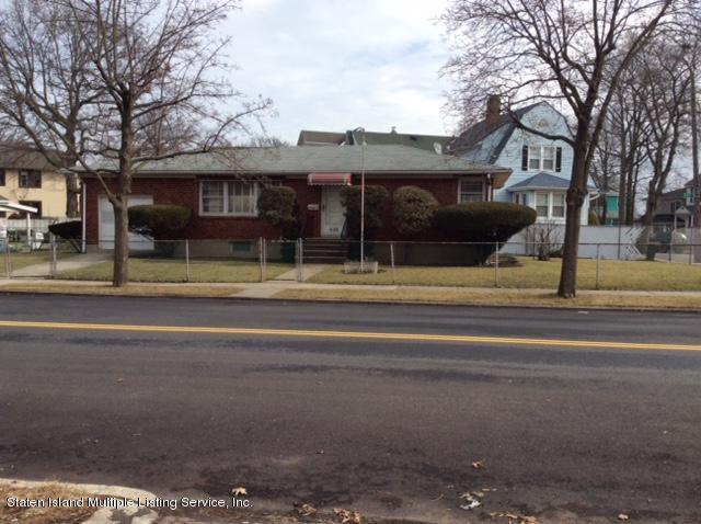 Single Family - Detached 635 Craig Avenue  Staten Island, NY 10307, MLS-1116468-18