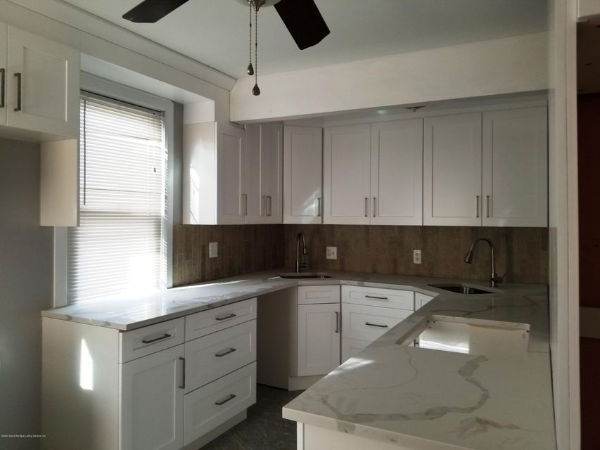 Additional photo for property listing at 202 Dickie Avenue  Staten Island, New York 10314 United States