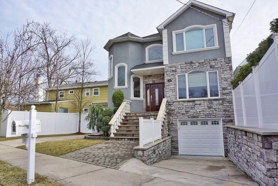 Two Family - Detached 18 Valdemar Avenue  Staten Island, NY 10309, MLS-1116491-2