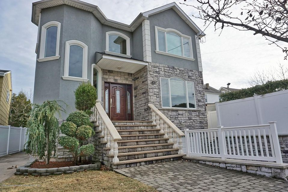 Two Family - Detached 18 Valdemar Avenue  Staten Island, NY 10309, MLS-1116491-3