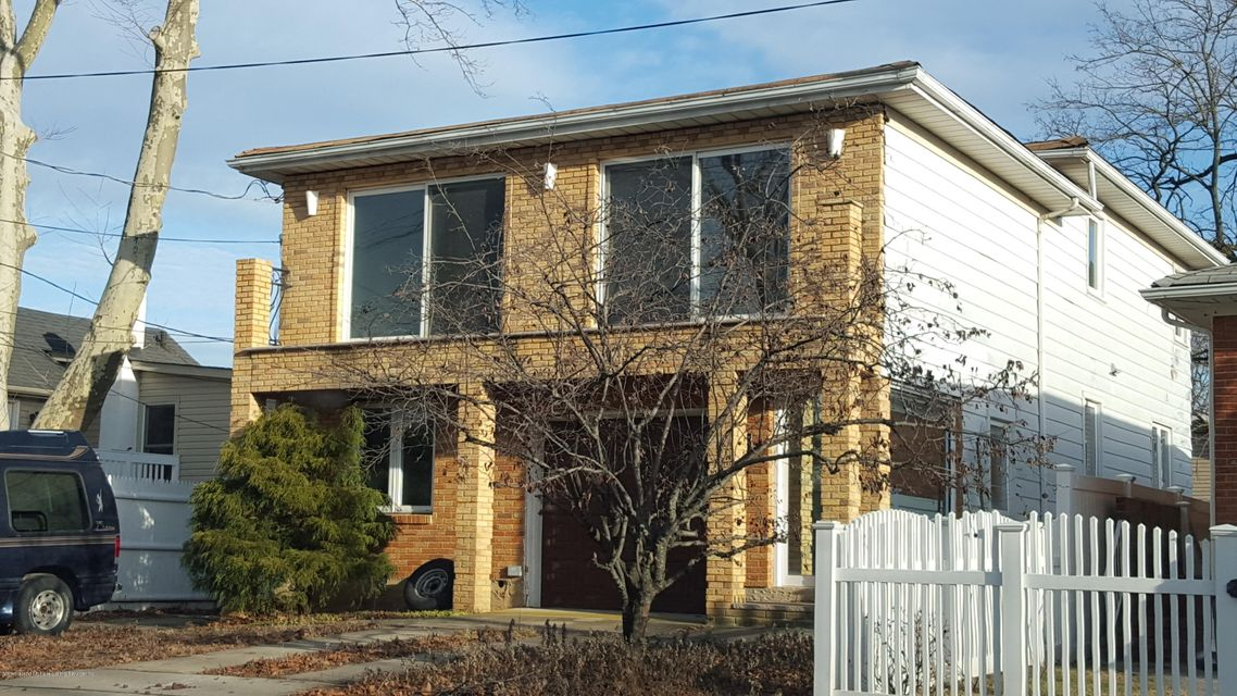 Two Family - Detached 162 Finley Avenue  Staten Island, NY 10306, MLS-1116505-2