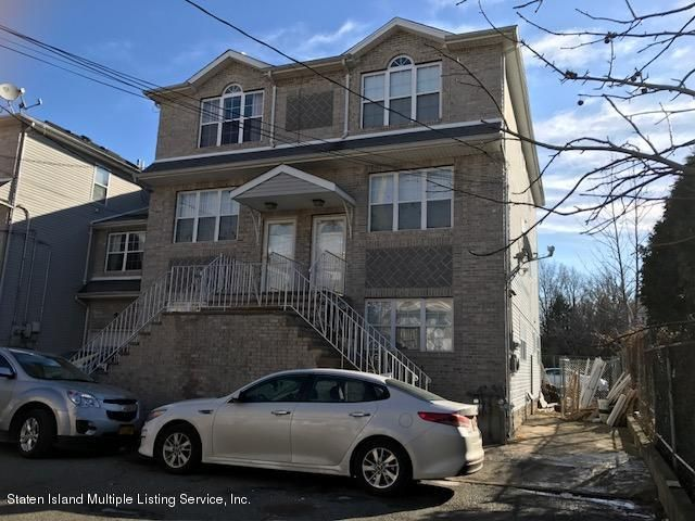 Single Family Home for Rent at 3 Marisa Court Staten Island, New York 10314 United States