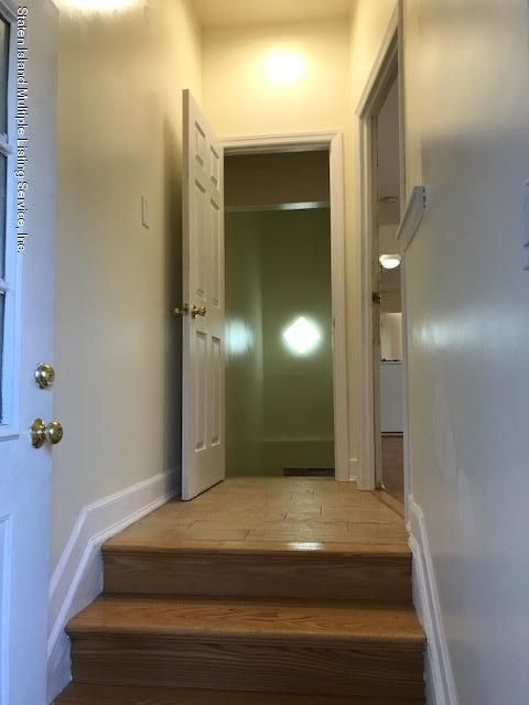 Additional photo for property listing at 3 Marisa Court  Staten Island, New York 10314 United States