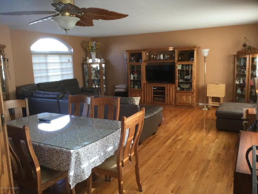 Single Family - Semi-Attached 104 Anthony Street  Staten Island, NY 10309, MLS-1116590-4