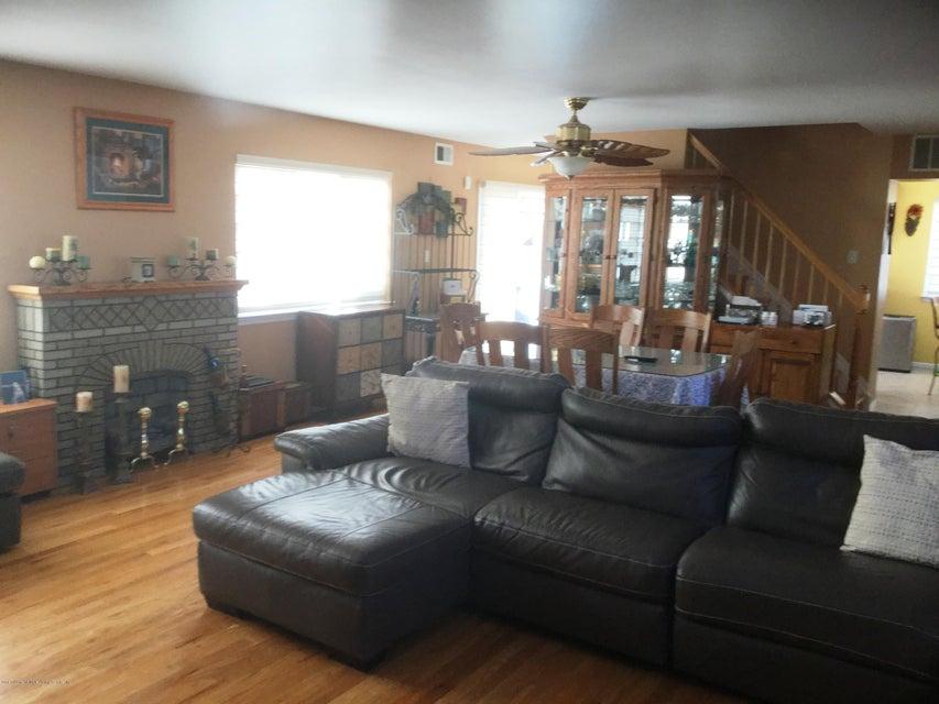 Single Family - Semi-Attached 104 Anthony Street  Staten Island, NY 10309, MLS-1116590-5