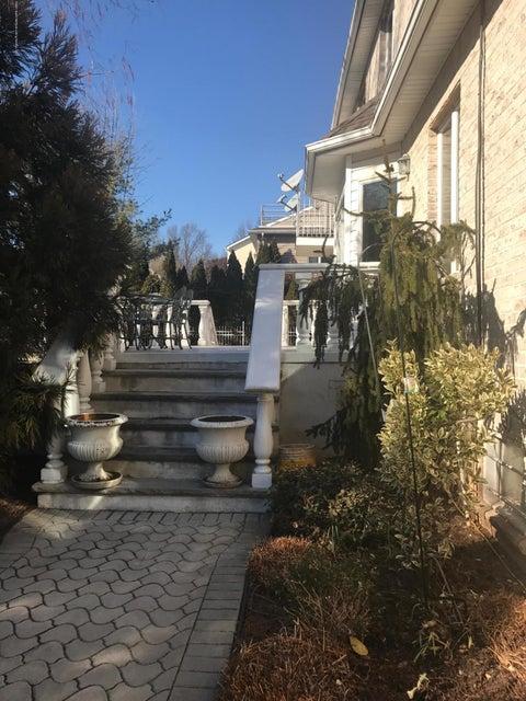 Single Family - Detached 440 Philip Avenue  Staten Island, NY 10312, MLS-1116609-24