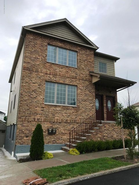 Single Family Home for Rent at 107 Haven Avenue Staten Island, 10306 United States