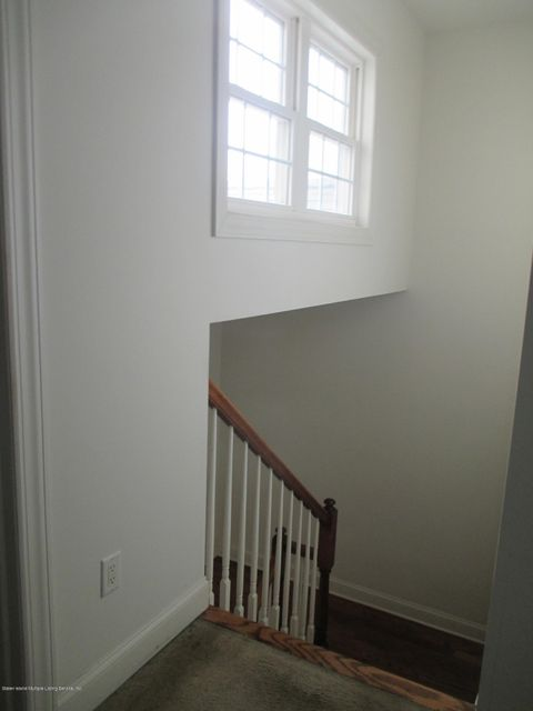 Single Family - Attached 68 Tiller Court  Staten Island, NY 10309, MLS-1116646-17