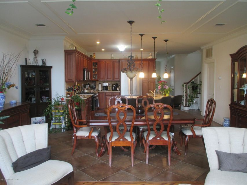 Single Family - Attached 68 Tiller Court  Staten Island, NY 10309, MLS-1116646-12