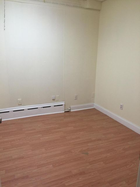 Additional photo for property listing at 479 Port Richmond Ave  Staten Island, New York 10302 United States