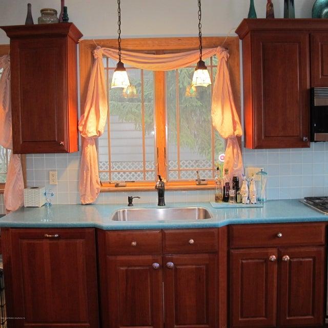 Single Family - Detached 32 Starbuck Street  Staten Island, NY 10304, MLS-1116690-8