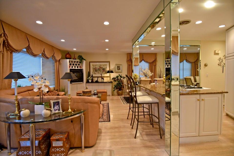 Single Family - Detached 337 Wainwright Avenue  Staten Island, NY 10312, MLS-1116701-7