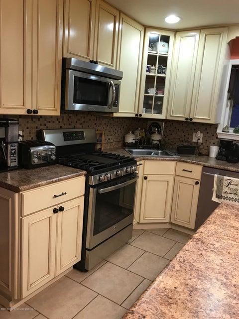 Single Family - Semi-Attached 317 Abingdon Avenue  Staten Island, NY 10308, MLS-1116593-13