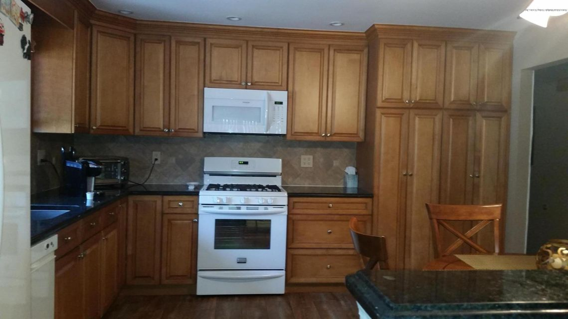 Two Family - Detached 178 Amsterdam Avenue  Staten Island, NY 10314, MLS-1116697-6