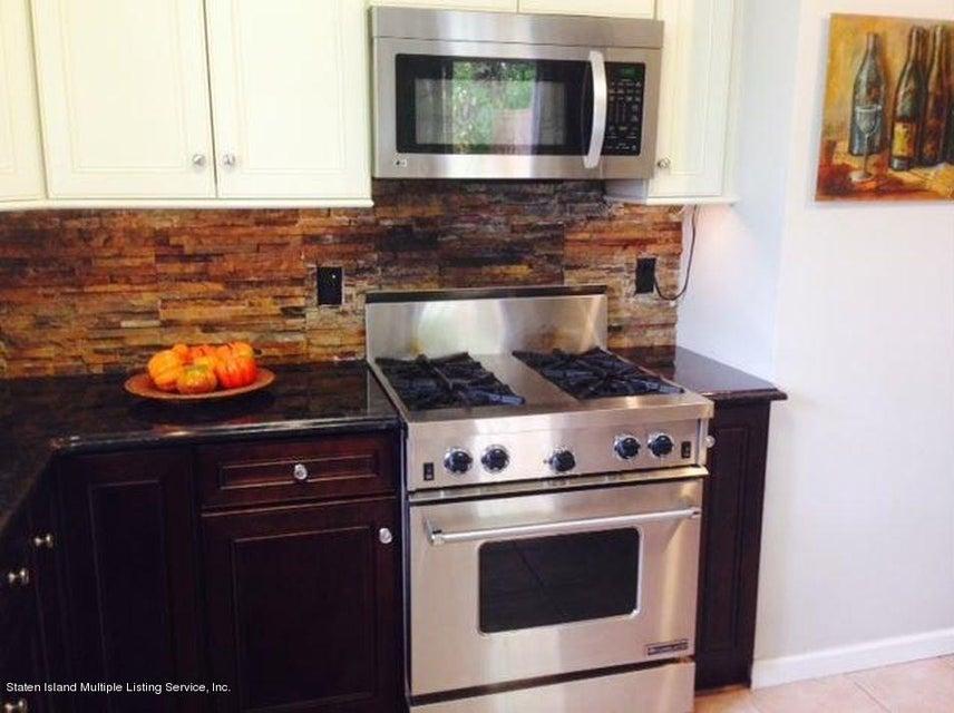 Single Family - Semi-Attached 827 Patterson Avenue  Staten Island, NY 10306, MLS-1116745-6