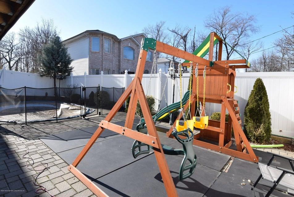 Two Family - Detached 123 Edgegrove Avenue  Staten Island, NY 10312, MLS-1116781-37