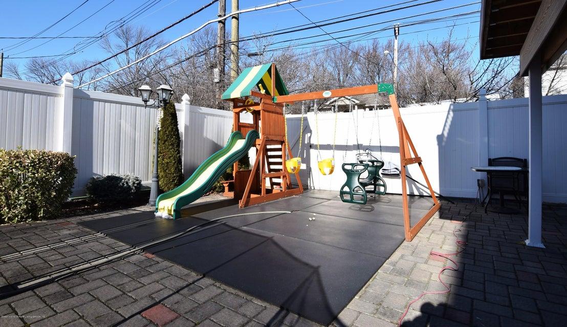 Two Family - Detached 123 Edgegrove Avenue  Staten Island, NY 10312, MLS-1116781-38