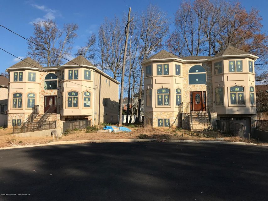 Single Family - Detached 7 Tucci Court  Staten Island, NY 10309, MLS-1116763-2