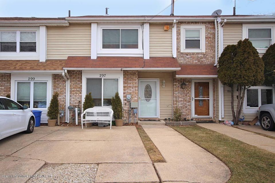 Single Family - Attached in Bulls Head - 297 Lamberts Lane  Staten Island, NY 10314