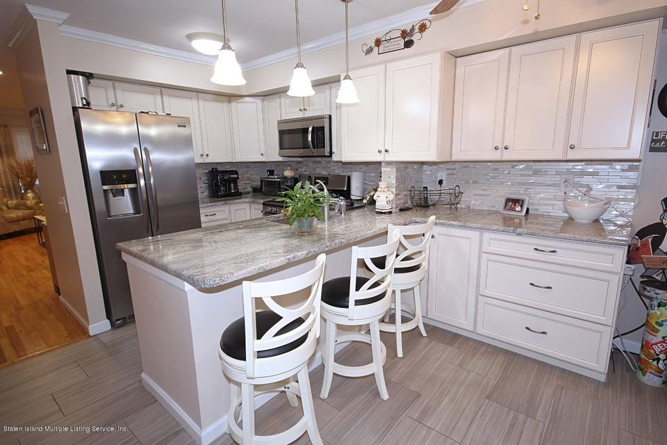 Single Family - Attached 297 Lamberts Lane  Staten Island, NY 10314, MLS-1116768-5