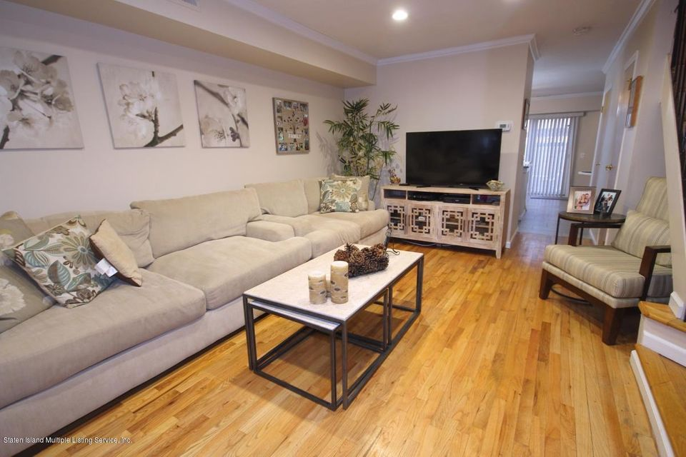 Single Family - Attached 297 Lamberts Lane  Staten Island, NY 10314, MLS-1116768-9