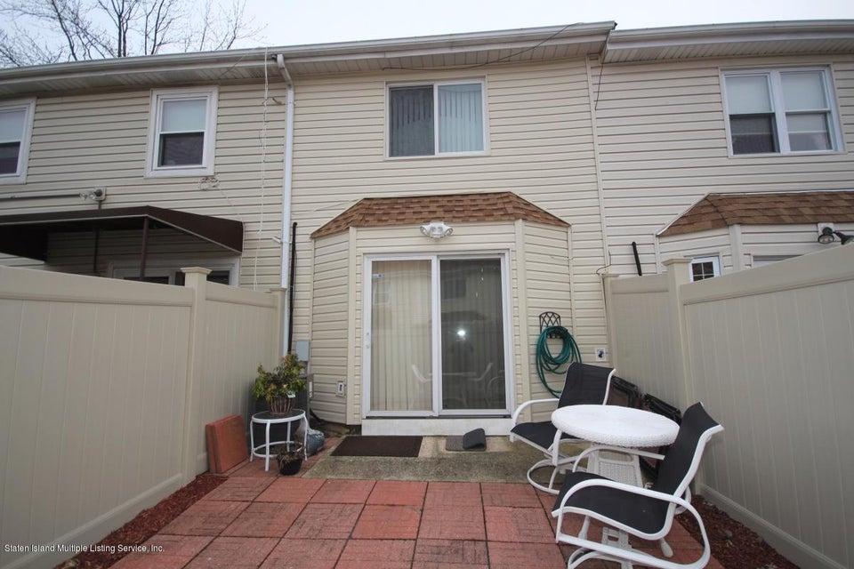 Single Family - Attached 297 Lamberts Lane  Staten Island, NY 10314, MLS-1116768-17