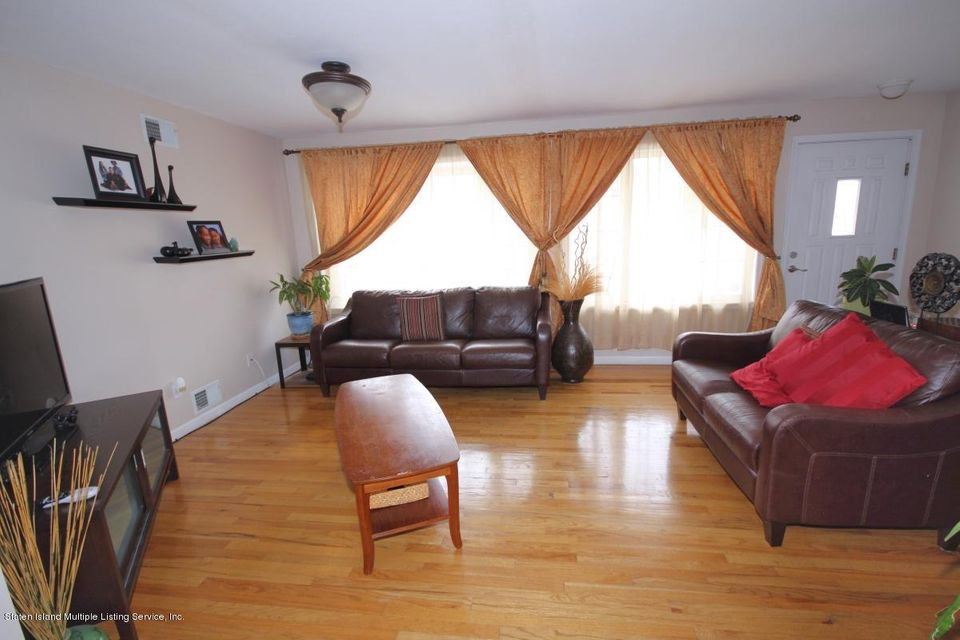 Single Family - Semi-Attached 5 Judith Court  Staten Island, NY 10305, MLS-1116774-4