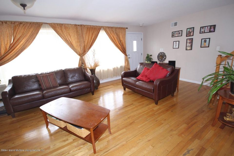 Single Family - Semi-Attached 5 Judith Court  Staten Island, NY 10305, MLS-1116774-5