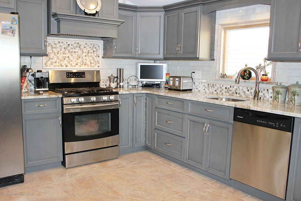 Two Family - Detached 175 Queen Street   Staten Island, NY 10314, MLS-1116060-5