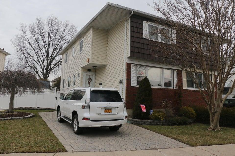 Single Family - Semi-Attached 69 Jaffe Street  Staten Island, NY 10314, MLS-1116790-2