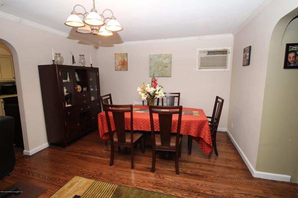 Single Family - Detached 944 Railroad Avenue  Staten Island, NY 10306, MLS-1116797-9
