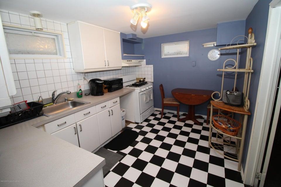 Single Family - Detached 944 Railroad Avenue  Staten Island, NY 10306, MLS-1116797-23